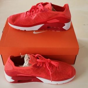 Nike Air Max Ultra 2.0 Flyknit Size 11.5